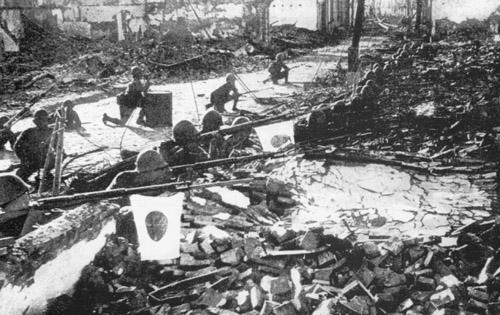 shanghai1937ija_ruins japanese soldiers