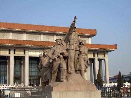 statue-1918__340