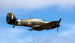 hawker-hurricane-4087116__340