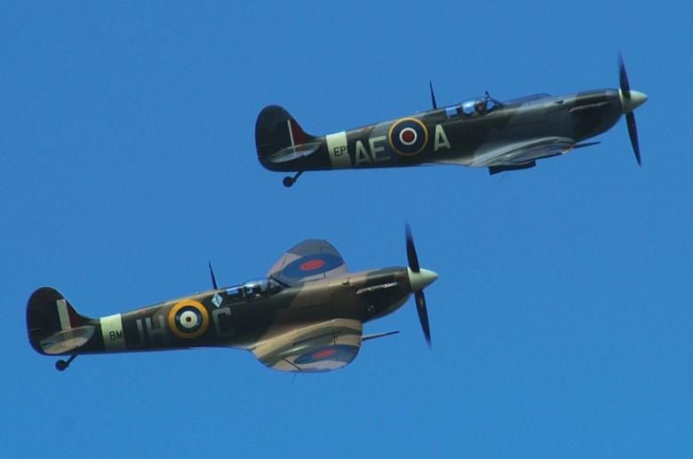 spitfire-496024_1280
